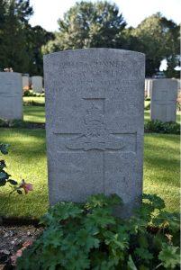 smiths-grave